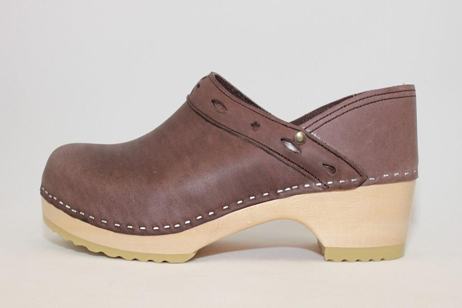 Plymouth FS Closed Back Clog<br />Brown Top Grain